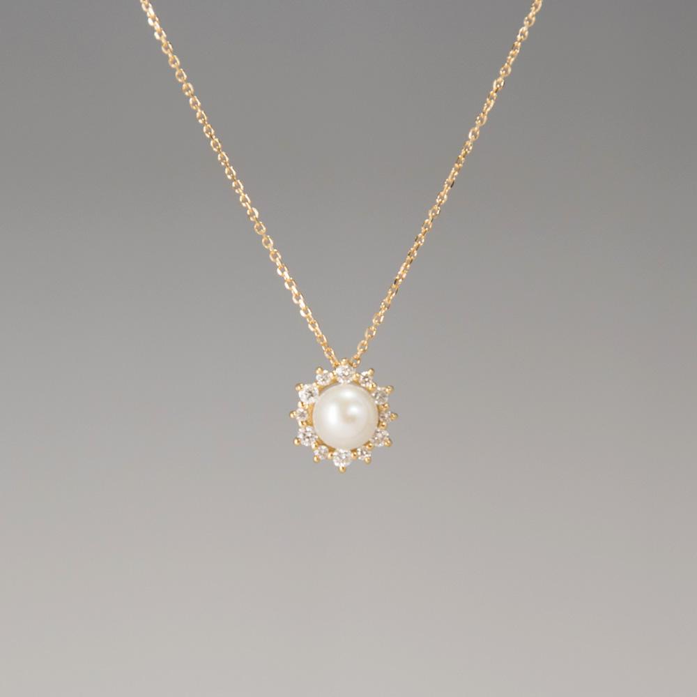 新商品 K18 パールとダイヤモンドのネックレス