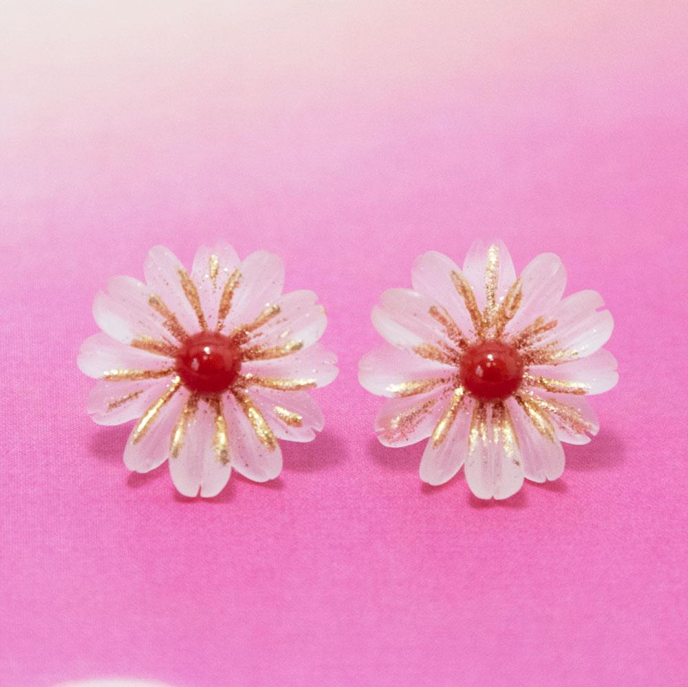 新商品 花と珊瑚のピアス