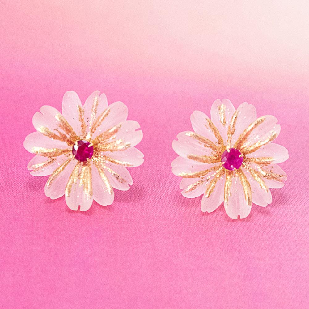 新商品 花とルビーのピアス